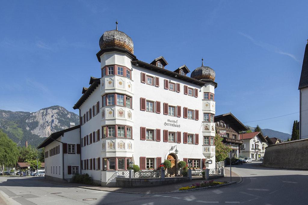 herrnhaus-brixlegg-architektur-tirol-sedlakphoto-08.jpg
